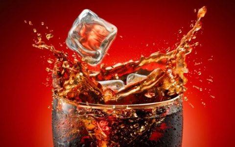 Maladia provocată de băuturile carbogazoase face tot mai multe victime
