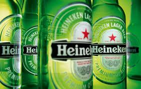 Ungaria e în război cu Heineken: Acuză compania că foloseste un simbol al comunismului, steaua roșie