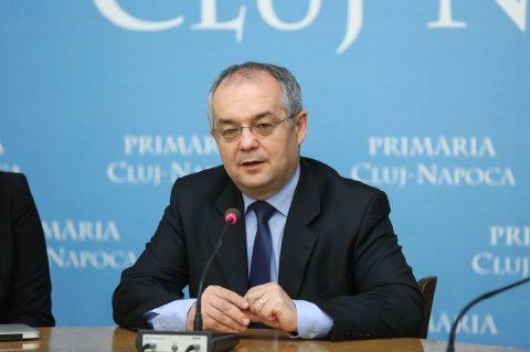 Emil Boc cere Guvernului să facă modificările legislative necesare pentru ca semnătura digitală