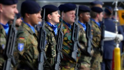 Uniunea Europeană creează un centru de comandă militară