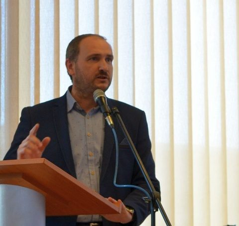 România sub ocupația multinaționalelor: pe cale de dispariție biologică și demografică?