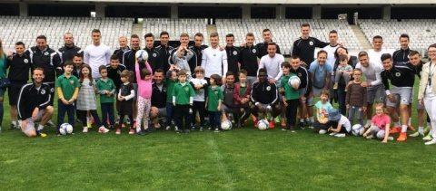 UKids: Antrenament cu zâmbetul pe buze, alături de copiii de la Transylvania College