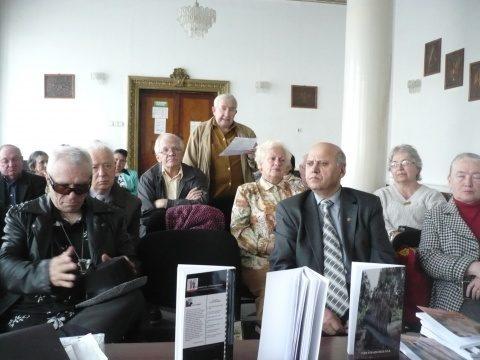 """La cenaclul """"Artur Silvestri: """"Scriitori din Republica Moldova"""