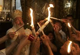 """Martor al aprinderii Sfintei Lumini la Ierusalim: """"Am văzut o lumină albăstruie"""""""