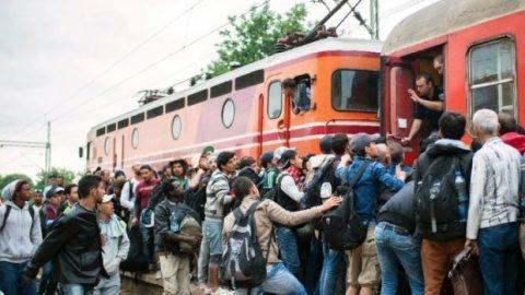 Sebastian Kurz, critică ţările est-europene care nu acceptă imigranţi, însă recunoaşte: Nici extracomunitarii nu vor să ajungă în ţări ca România