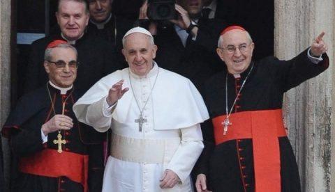 Papa ar putea numi o femeie-cardinal, cât de curând