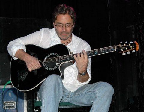 "Celebrul chitarist de jazz Al Di Meola aduce ""simfonia lumii"" la Cluj-Napoca"