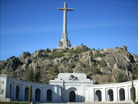 Familia dictatorului spaniol Francisco Franco se opune planurilor de exhumare
