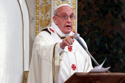 Papa Francisc acceptă că teoria Bing Bang și evoluționistă sunt reale. Credința unde rămâne?