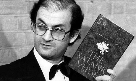 Salman Rushdie denunță 'orbirea stupidă' a Occidentului în fața jihadismului