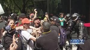 Marș anti-Șaria în SUA. Ciocniri între manifestanți