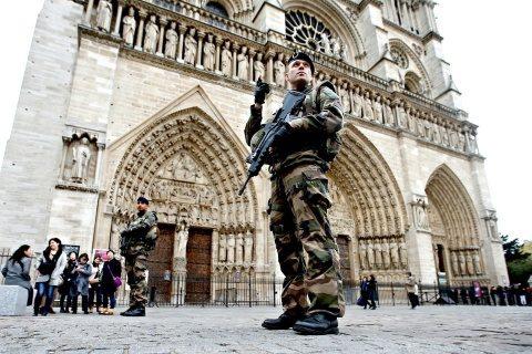 Teroristul cu ciocanul de la Notre-Dame a fost premiat de UE pentru un articol pro-imigrație și împotriva rasismului