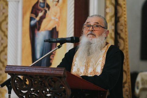 """Părintele Justin Pârvu, omagiat la Parohia """"Sf. Dimitrie"""", din Cluj-Napoca"""