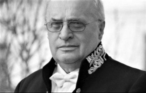 Cozmin Gușă: Augustin Buzura trebuia să devină președinte în locul lui Ion Iliescu, în 1992