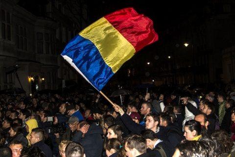 Diaspora face un protest la Bucureşti împotriva Guvernului