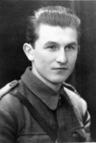 Acțiune de deshumare a trei partizani, uciși într-o luptă cu Securitatea la 8 martie 1949 în zona comunei Cricău, jud. Alba