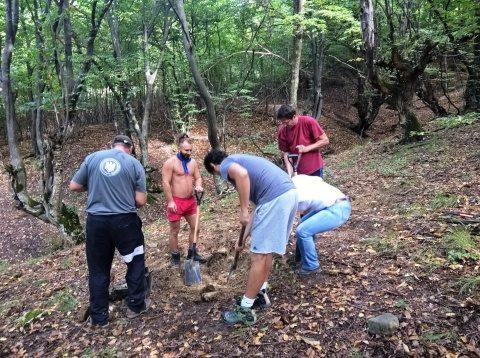 Deshumarea a trei luptători anticomuniști în zona comunei Cricău, jud. Alba