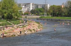 Serile de vară clujene continuă cu Seri de folk pe Plaja Grigorescu