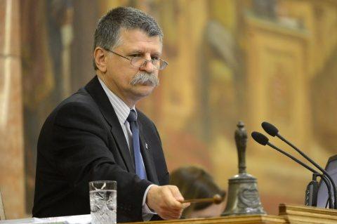 Kover Laszlo, președintele Parlamentului Ungariei, la Zilele Culturale Maghiare 2017, este simbolul UDMR-ului răsfățat în brațele lui Viktor Orban