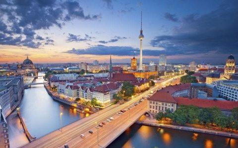 Ambasadorul american la Berlin a acuzat Germania de subminarea măsurilor NATO de descurajare nucleară