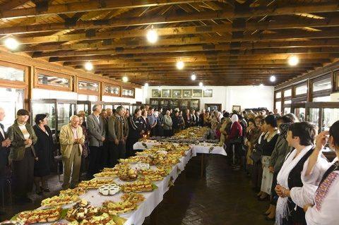17.048 beneficiari ai programului social Masa Bucuriei, în 2016, sub egida Patriarhiei Române
