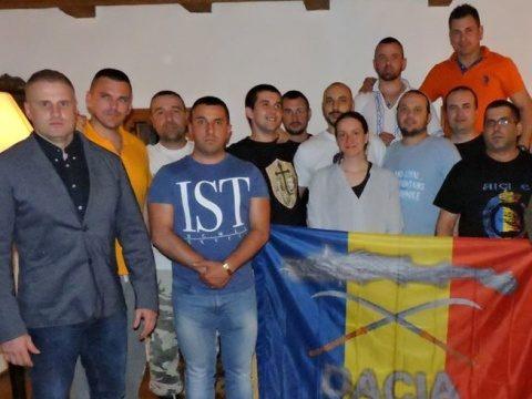 Luptători români și bulgari se antrenează în păduri pentru a stopa valul de imigranți ilegali (Video)