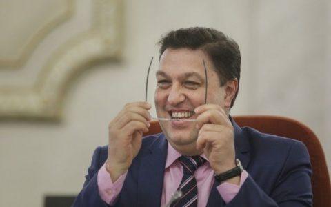 PSD-istul Șerban Nicolae jignește eroica rezistență armată anticomunistă din Munții României. Are nostalgia sovietelor?