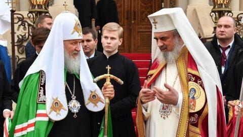 Patriarhia Rusiei suspendă relaţiile cu Patriarhia Ecumenică, din cauza situaţiei Bisericii Ortodoxe din Ucraina