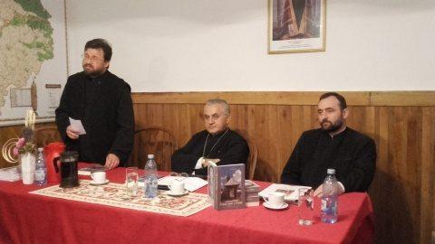 """Lansare de carte """"Oameni, fapte și Cuvânt"""" de Părintele vicar Iustin Tira"""