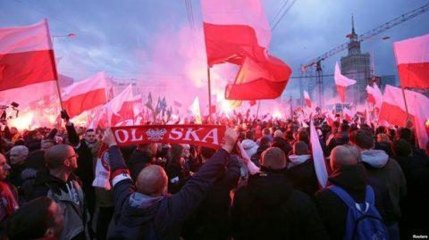 Liderii polonezi condamnă xenofobia după mitingul naţionalist de la Varşovia
