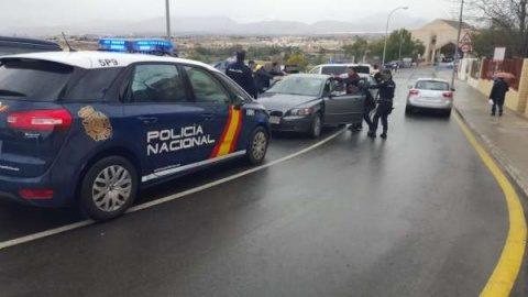 """Poliția spaniolă a împușcat un bărbat ce striga """"Allah Akbar"""" la un punct de trecere a frontierei cu Franța"""