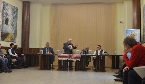 Carte despre Transilvania multiculturală în cultura tradițională lansată la UBB în prezența lui Grigore Leșe