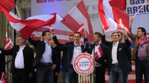 Extrema dreaptă revine la putere în Austria. Naționalistul Strache vicecancelar