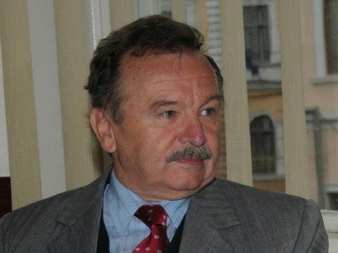 Universitatea Politehnica din Bucureşti va acorda azi titlul academic Doctor Honoris Causa profesorului Radu Ioan Munteanu de la Universitatea Tehnică din Cluj-Napoca