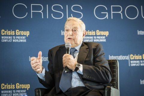 Soros își muta fundatiile în Europa de Vest, din cauza naționaliștilor în ascensiune