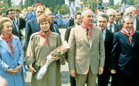 Arhivele ruse: Experții militari GRU ai URSS au eliminat amenințarea nucleară din România. Revoluția din 1989 o comandă sovietică?
