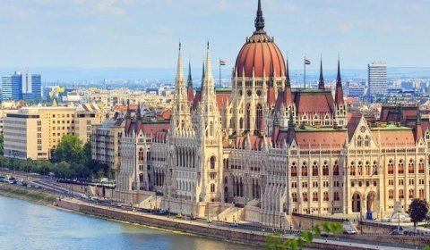 """Opoziţia democrată din Ungaria acuză UDMR că """"face trocuri politice"""" în interesul Guvernului de la Budapesta"""