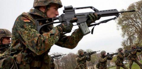 Financial Times: SUA se tem că întărirea legăturilor militare în cadrul UE riscă să submineze NATO