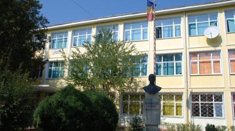 Liceul Teoretic Nicolae Bălcescu şi Liceul Teoretic  Onisifor Ghibu vor intra de luni, 19 octombrie 2020, în scenariul 3