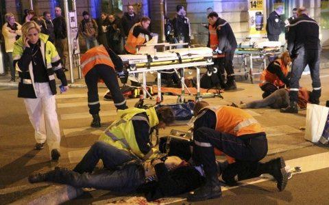 Macron vrea să reformeze UE, dar Franța se demantelează în haosul islamist