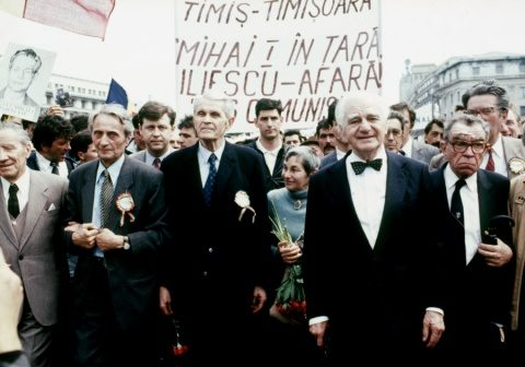 Coposu versus Juncker. Democraţie contra totalitarism