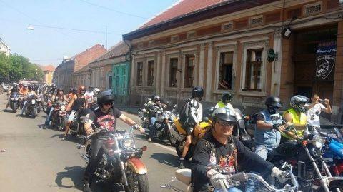 Sute de motocicliști, la parada de la Cluj-Napoca