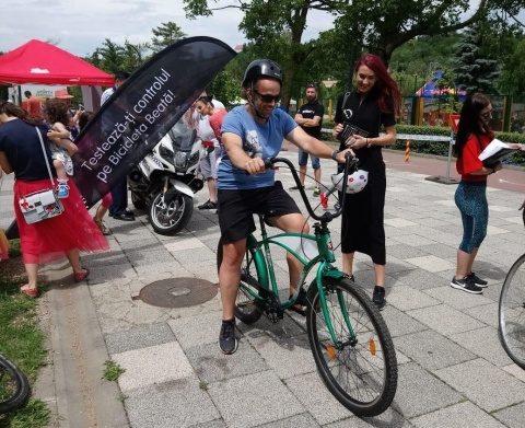""",,Bicicleta beată"""" a făcut senzație la Sports Festival"""