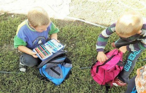 """Campania socială """"Trimite un copil sărac la școală!"""", ediția a treia, organizată de Asociația Filantropia Ortodoxă Dej"""