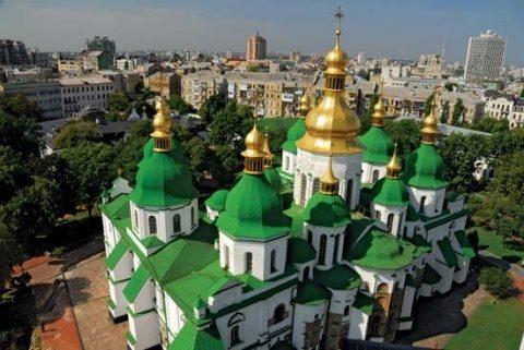 Ucraina va avea biserică independentă de Moscova