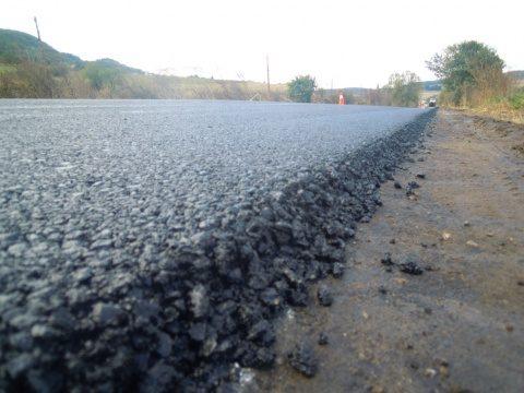 Consiliul Județean Cluj vrea să suplimenteze cu 2 milioane de lei bugetul destinat lucrărilor de reparații a drumurilor județene