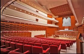 Dirijor al Academiei de Muzică din Cluj-Napoca este câștigătorul secțiunii de compoziție a Festivalului Lăudați pe Domnul