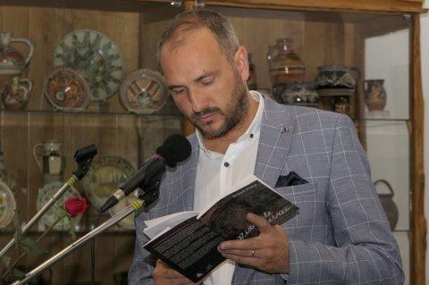 Ştefan Vlădoianu – poetul care a învins, cu zâmbetul pe buze, reeducarea de la Aiud