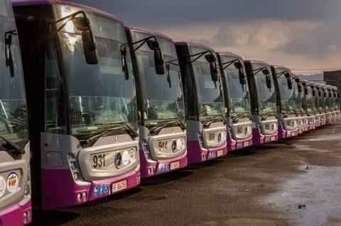 Prima statie de sport smart din ţară. Bilet gratuit de autobuz pentru 20 de genuflexiuni la Cluj-Napoca