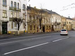 Prima stradă din țară cu sistem de depistare a autovehiculelor care trec pe roșu la semafor va fi la Cluj-Napoca